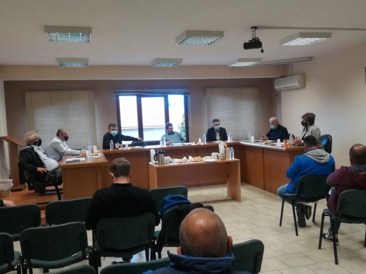 Αγροτικός Σύλλογος Περιοχής Αμυνταίου - Ενημέρωση στους αγρότες, που καλλιεργούν οπωροφόρα δέντρα - Τι ειπώθηκε στη χθεσινή σύσκεψη