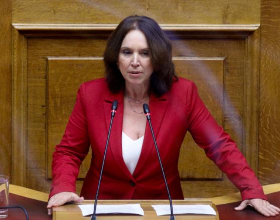«Καλλιόπη Βέττα: Η προστασία του περιβάλλοντος πρέπει να συμβαδίζει με τον σεβασμό στις ανάγκες των ανθρώπων στις λιγνιτικές περιοχές - Κοινοβουλευτική ομιλία για τον κλιματικό νόμο»