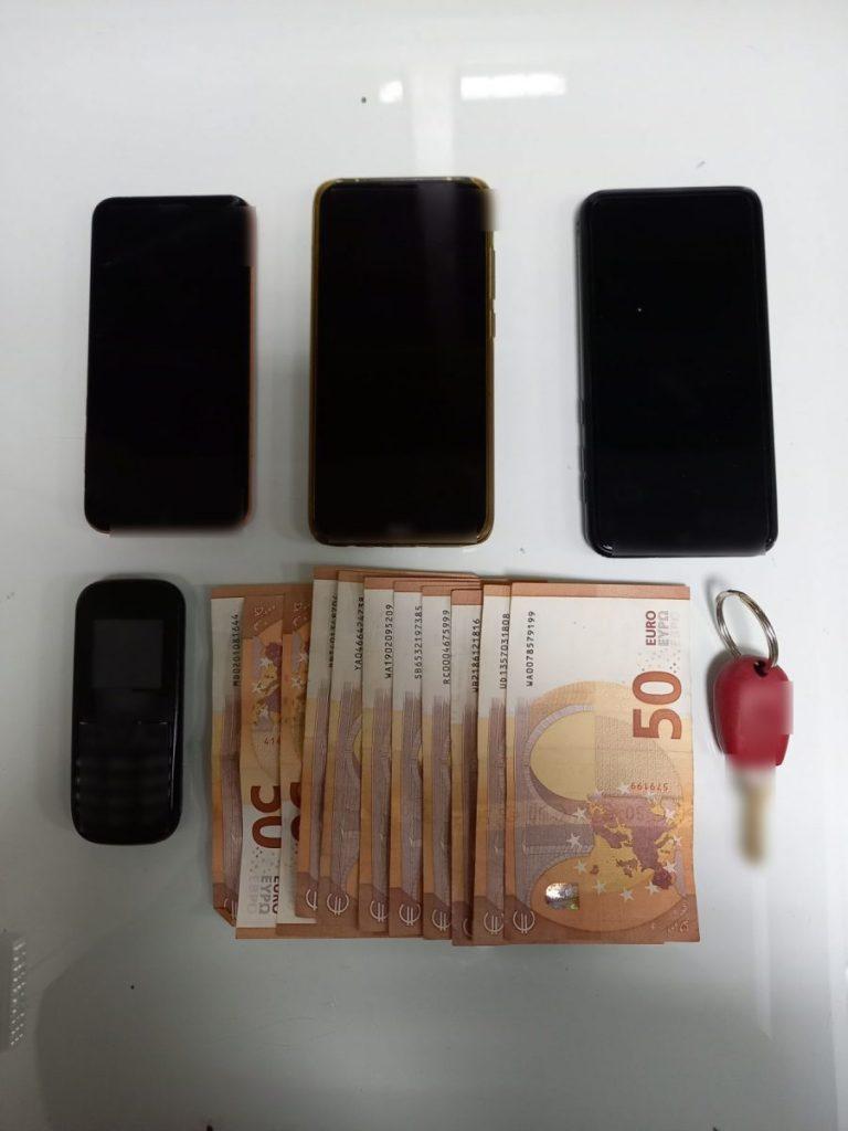 Συνελήφθησαν δύο ημεδαποί σε περιοχή της Καστοριάς, για παράνομη μεταφορά δύο αλλοδαπών