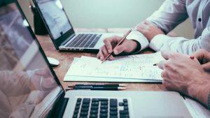 Αναστολές Μαΐου: Τι πρέπει να γνωρίζουν εργαζόμενοι και εργοδότες