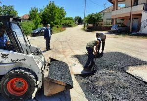 Ξεκίνησαν οι εργασίες για την επισκευή φθορών ασφαλτικού οδοστρώματος οδικού δικτύου Δήμου Εορδαίας.