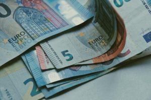 Αναδρομικά κληρονόμων: Πότε θα γίνουν οι πληρωμές (vid)
