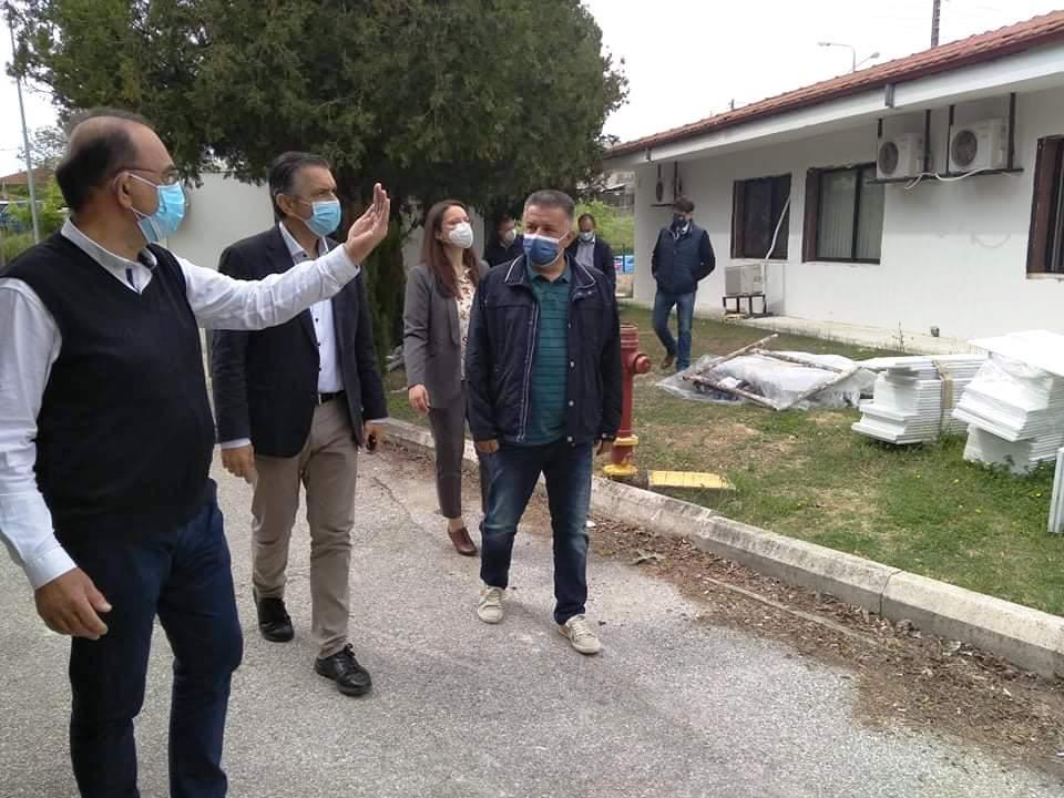 Υπογραφή Προγραμματικής Σύμβασης 2.050.000 € για την Ενεργειακή Αναβάθμιση του Γενικού Νοσοκομείου Καστοριάς παρουσία του Περιφερειάρχη Δυτικής Μακεδονίας Γιώργου Κασαπίδη. Σειρά έργων από την Περιφέρεια για την βελτίωση των παρεχόμενων υπηρεσιών υγείας.