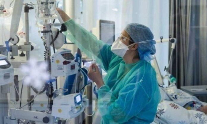 Κορονοϊός: Καλά νέα για την πανδημία – Μειώθηκαν 12% οι θάνατοι και 4% τα κρούσματα