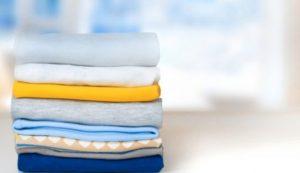 Φτιάξτε αρωματικό σπρέι που θα κάνει τα ρούχα σας να μοσχομυρίσουν