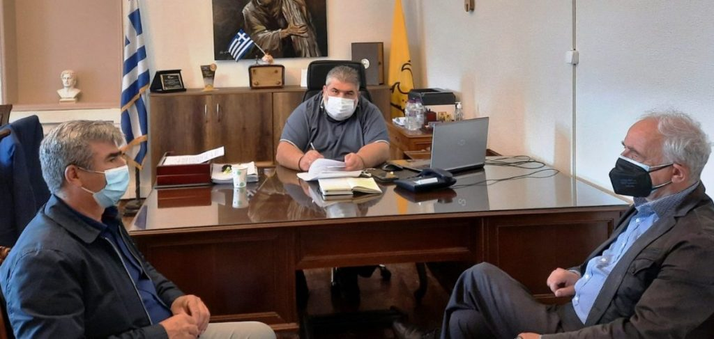 Υπογραφή σύμβασης για το έργο: «Συντήρηση στεγών κοινοτικών καταστημάτων του Δήμου Εορδαίας».