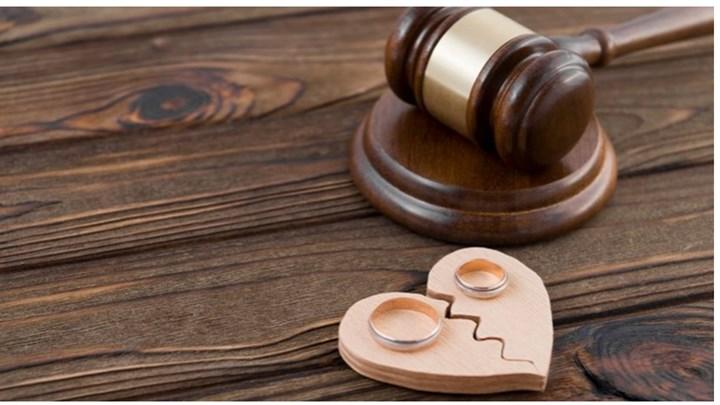 Διαζύγιο από... το σπίτι: Η διαδικασία για την έκδοσή του με οκτώ βήματα - Σε ποια περίπτωση ισχύει