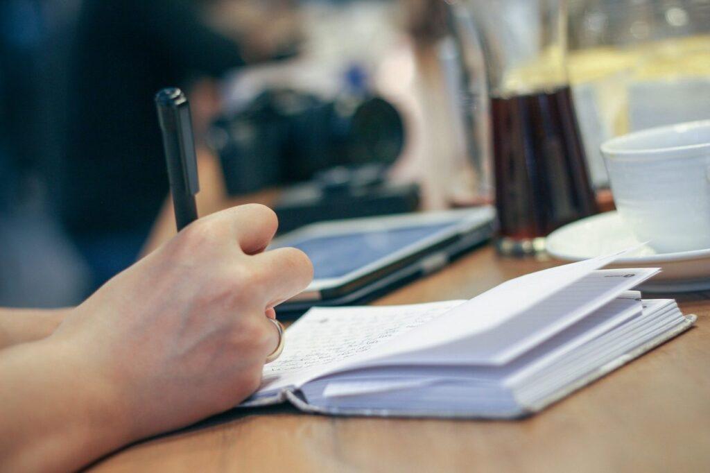 Ετήσια θερινή άδεια: Τι αλλάζει με το νέο εργασιακό νομοσχέδιο