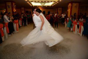 N. Παπαθανάσης: Γάμοι μετά μουσικής αλλά δίχως χορό – Oι νέες αλλαγές στα μέτρα (video)
