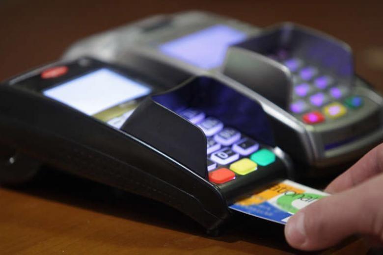 Φορολογικά bonus και επιστροφή μετρητών - Νέα κίνητρα για ηλεκτρονικές συναλλαγές