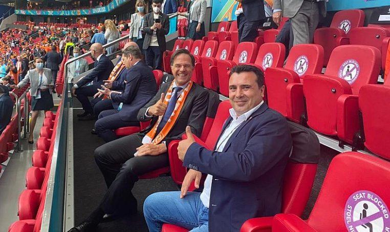 Ο Ζάεφ υποστήριξε δυνατά την εθνική ποδοσφαιρική ομάδα της Μακεδονίας -Νέα προκλητική ανάρτηση από τον πρωθυπουργό της γειτονικής χώρας