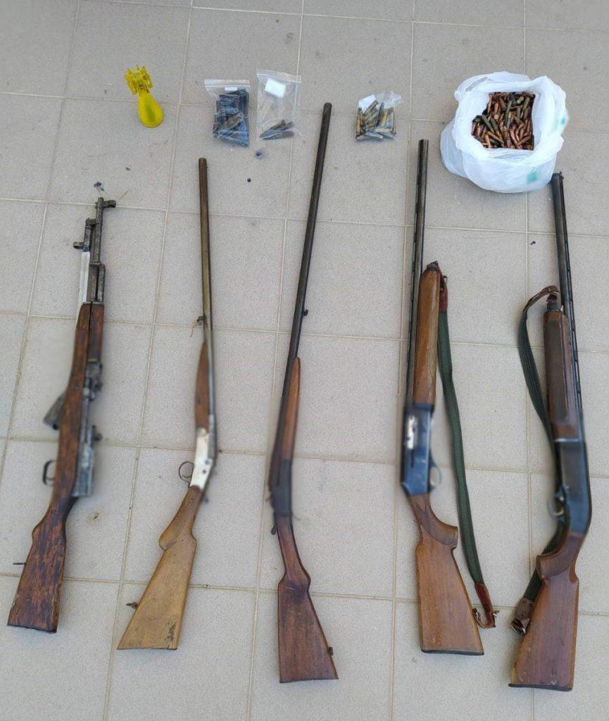 Συνελήφθη 47χρονος σε περιοχή της Καστοριάς για παράβαση νομοθεσίας περί όπλων και περί βεγγαλικών