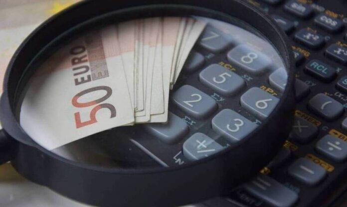 Αναδρομικά: Η ώρα της Εφορίας για 1,1 εκατ. συνταξιούχους – Τα ποσά που θα φορολογηθούν