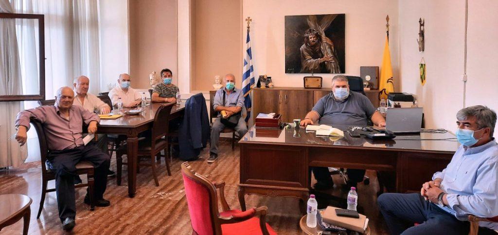 Συνάντηση του Δημάρχου Εορδαίας με την πρώην επιτροπή αγώνα για την παρακολούθηση του χρονοδιαγράμματος της μετεγκατάστασης του νέου οικισμού Μαυροπηγής.