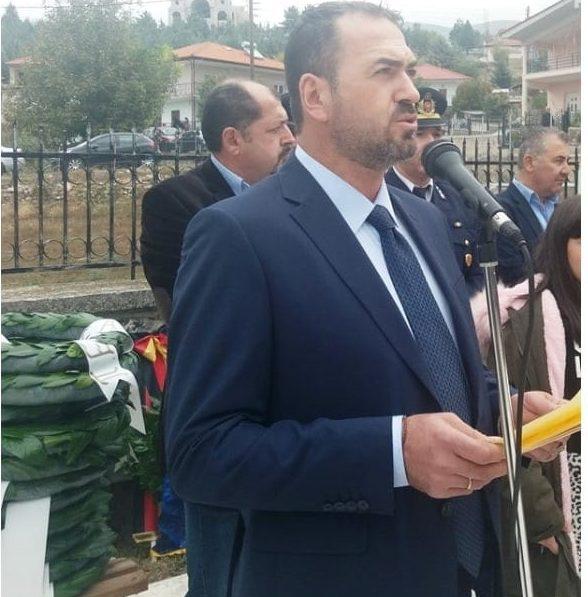 """Μεσόβουνο Εορδαίας: Επιστράτευσαν """"τρακτέρ"""" οι κτηνοτρόφοι για να ποτίσουν τα ζωντανά τους - Η απάντηση του Προέδρου της Τ.Κ Παύλου Παραστατίδη"""