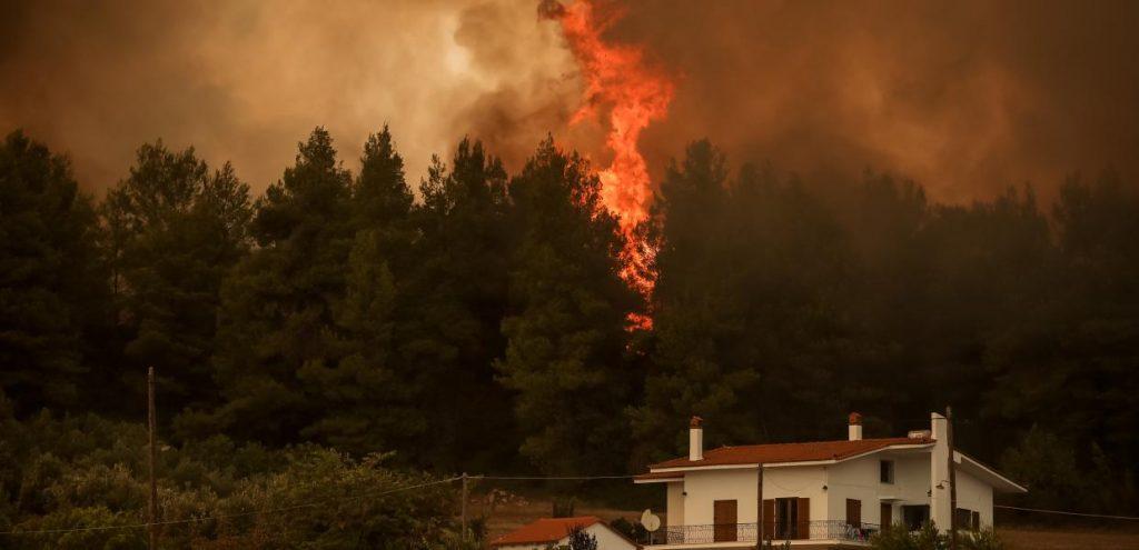 Στο πλευρό των πληγέντων από τις καταστροφικές πυρκαγιές η Περιφέρεια Δυτικής Μακεδονίας.