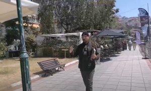 Γύριζε στην Καστοριά με τον σταυρό στο χέρι, και προέτρεπε τον κόσμο να μετανοήσει (βίντεο)