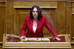 «Καλλιόπη Βέττα: Το ξεπούλημα της ΔΕΗ αφήνει εντελώς απροστάτευτη την Ελληνική κοινωνία σε μια εποχή οξυμένης ενεργειακής κρίσης»