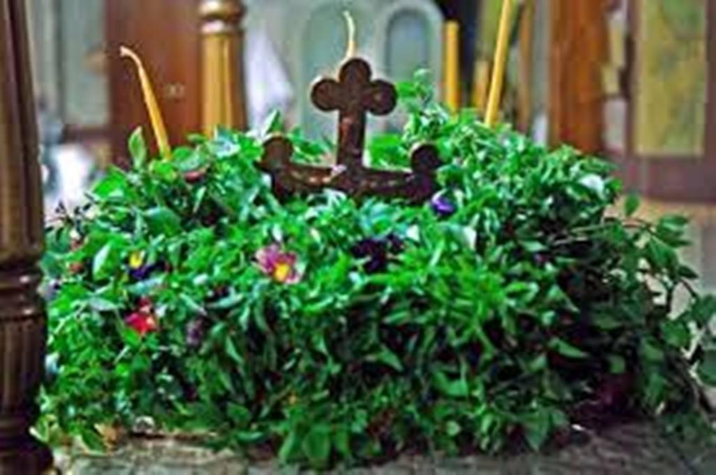 Πτολεμαΐδα: Το προζύμι της χρονιάς με το αγιασμένο σταυρολούλουδο
