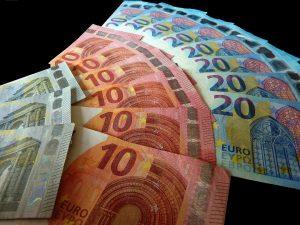Αυξήσεις ως 224 ευρώ στις συντάξεις με 40ετία! Αναλυτικοί πίνακες με τα νέα ποσά