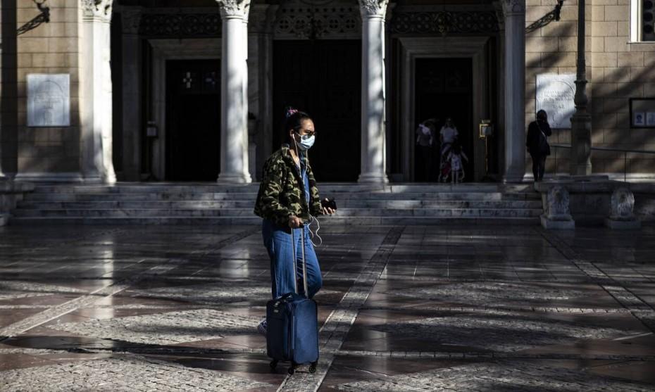 Βατόπουλος: Η πρώτη εκτίμηση για την εξέλιξη της πανδημίας τον Χειμώνα