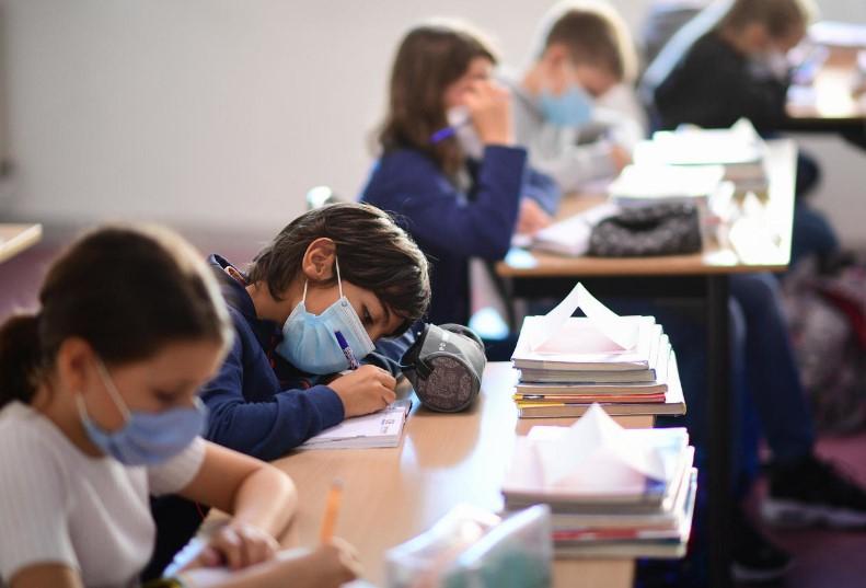 Σχολεία: Τι ισχύει με τις άδειες ειδικού σκοπού όταν ένα παιδί βρίσκεται σε καραντίνα