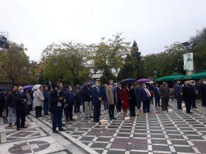 Πτολεμαΐδα: Υπό βροχή, η Επιμνημόσυνη Δέηση & Κατάθεση Στεφάνων στην Κεντρική Πλατεία, για την 109η Επέτειο της Απελευθέρωσης της Πόλης από τον Τουρκικό Ζυγό (φωτογραφίες)