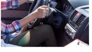 Διπλώματα οδήγησης: Οι βασικοί άξονες του νομοσχεδίου - Άδεια στους 17άρηδες, κάμερα στο όχημα