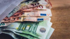 """""""Σκούπα"""" στα χρέη προς τους Δήμους: Όσα εξετάζονται για την είσπραξή τους - Η προθεσμία για τις 100 δόσεις"""