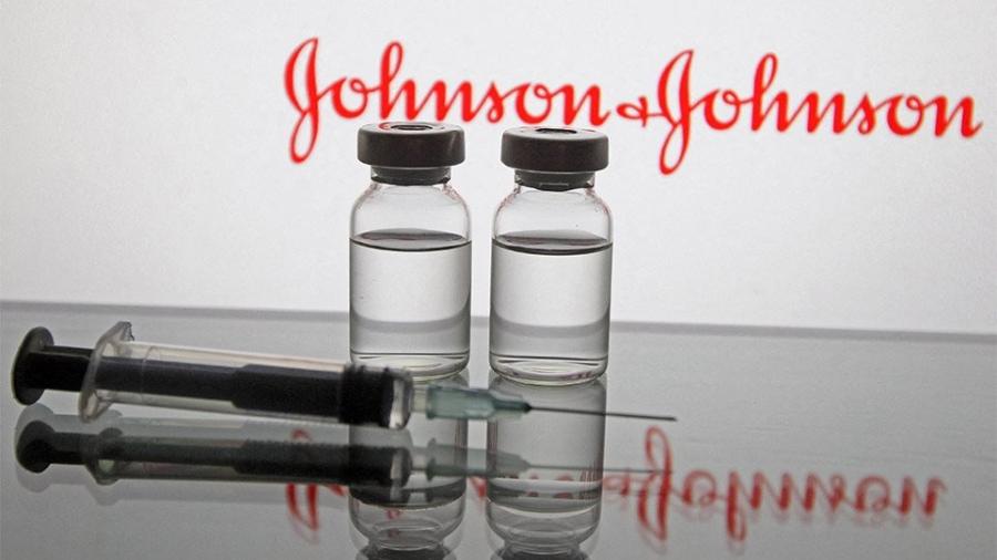 Το εμβόλιο της Johnson & Johnson συνδέεται με δύο σοβαρές παρενέργειες, θρομβοεμβολής και επίθεσης στα αιμοπετάλια