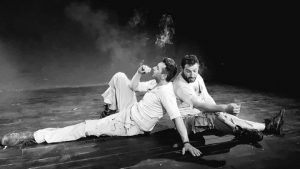 """Η θεατρική ομάδα ΟνειρόDrama συμμετέχει στο Φεστιβάλ Ερασιτεχνικού Θεάτρου που διοργανώνει το ΔΗ.ΠΕ.ΘΕ. Κοζάνης στη μνήμη του Γιάννη Καραχισαρίδη με τη """"Νύχτα των Μυστικών"""" στις 30 και 31 Οκτωβρίου."""