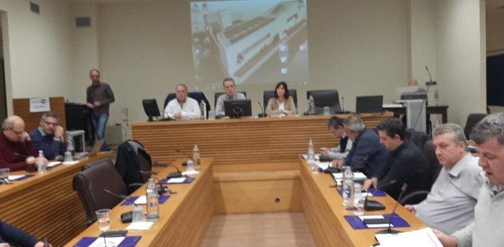 Κοζάνη: Το δημοτικό συμβούλιο αντίθετο στην αύξηση μετοχικού κεφαλαίου της ΔΕΗ